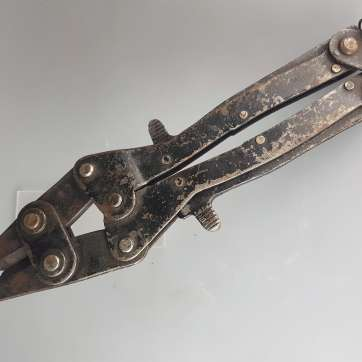 British ww2 wirecutters